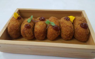 Nouggets de Ternasco Asado con patatas panader y salsa BBQ