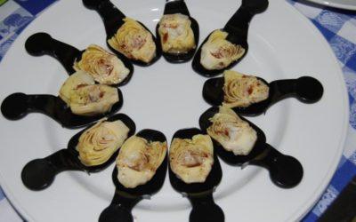 Vino blanco de garnacha con alcachofa fría y vinagreta de Miel de Romero